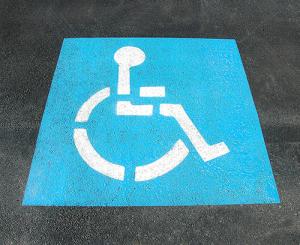 Garage accessible aux personnes à mobilité réduite